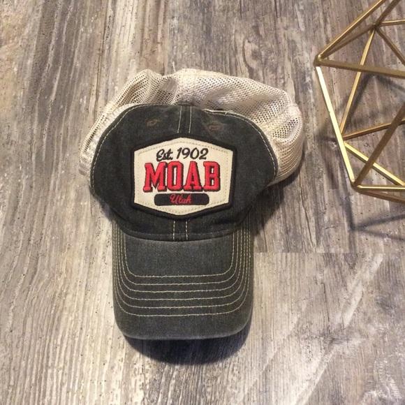 5db420ade7ba1 Moab trucker hat. M 5ad43f7031a37665f2ea8f1f